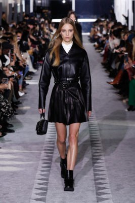 Runway Longchamp FW19 black leather